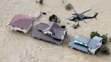 Trực Thăng Cứu Hộ Người Dân Vùng Ngập Lụt Do Siêu Bão Ở Nhật Bản
