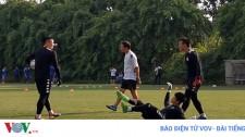 Phí Minh Long Chọc Quê Bùi Tiến Dũng Trong Buổi Tập Của Hà Nội FC