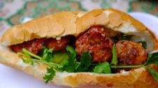 Bánh Mỳ Thịt Nướng Ngon Nhất Tại Sài Gòn