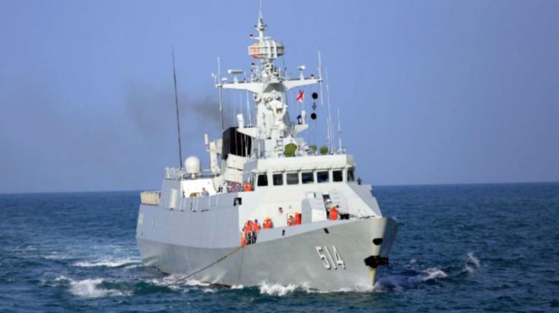 """Trung Quốc """"vừa đấm vừa xoa"""" với Philippines trong vấn đề Biển Đông"""