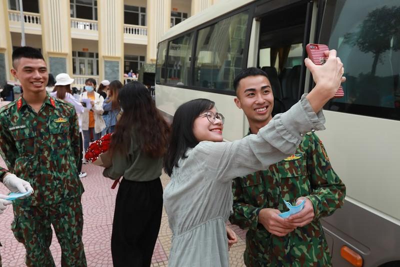 Trường quân sự thực hiện nghiêm việc không nhận đồ tiếp tế từ bên ngoài